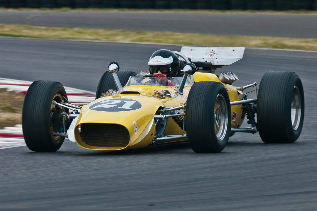 Vintage racing for all SVRA classes at the Portland Vintage Festival