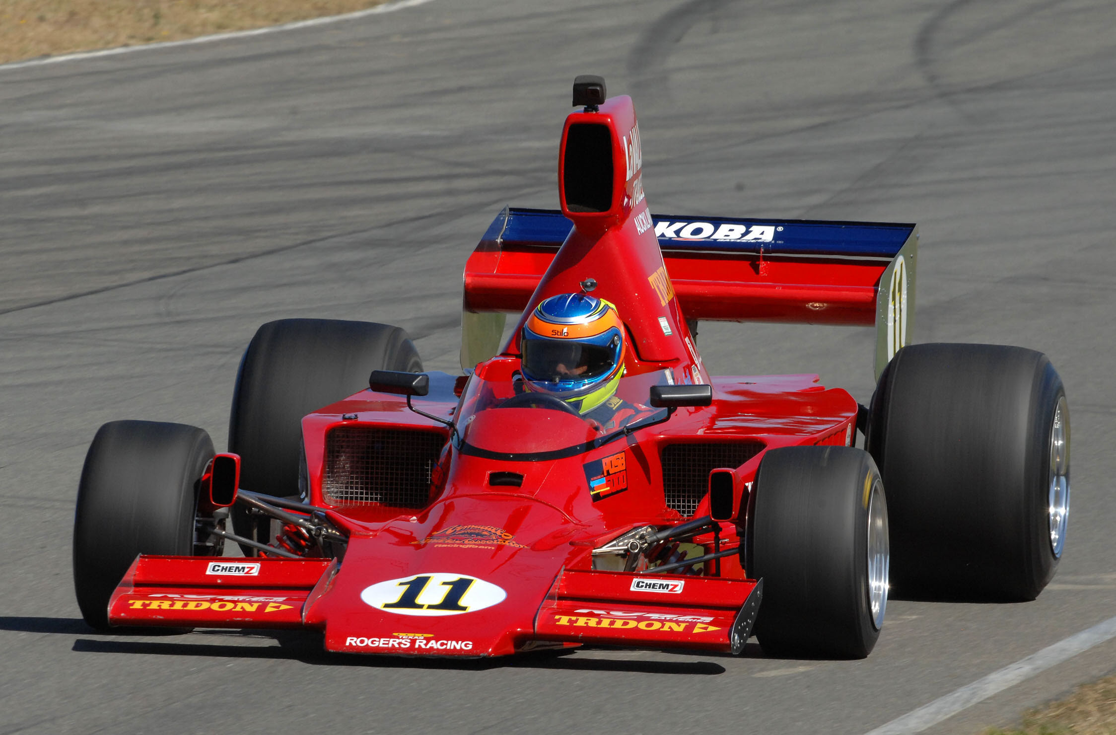 Historic F5000 racing at the Skope Classic