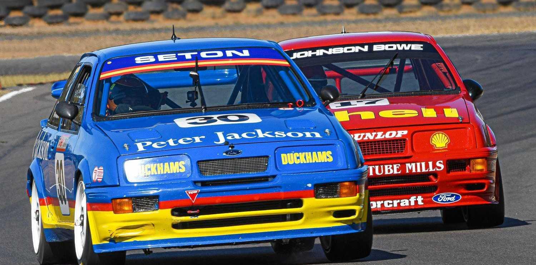 Historic racing at Autumn Historic Warwick