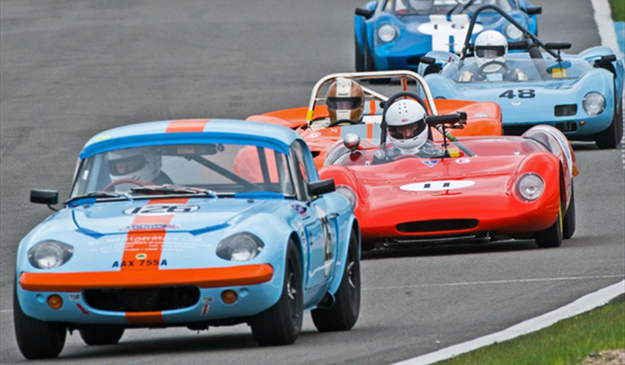 Historic racing at the HSCC Donington event