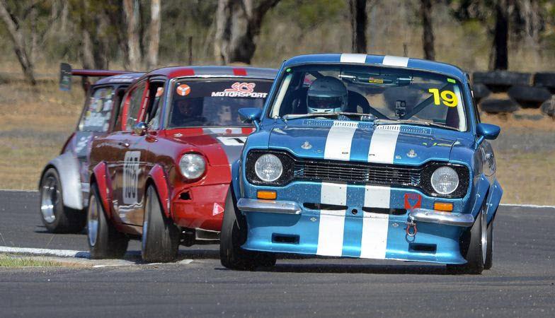 Classic sedans racing at Historic Queensland at Morgan Park