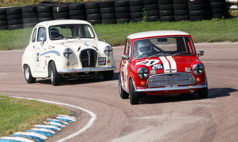 Classic saloon car racing at the Historics on the Hill event at Lydden circuit