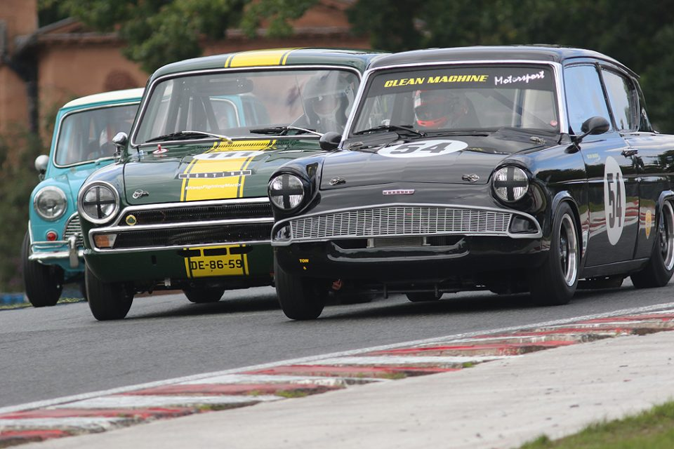 Historic touring car action at the HSCC Oulton Park Gold Cup