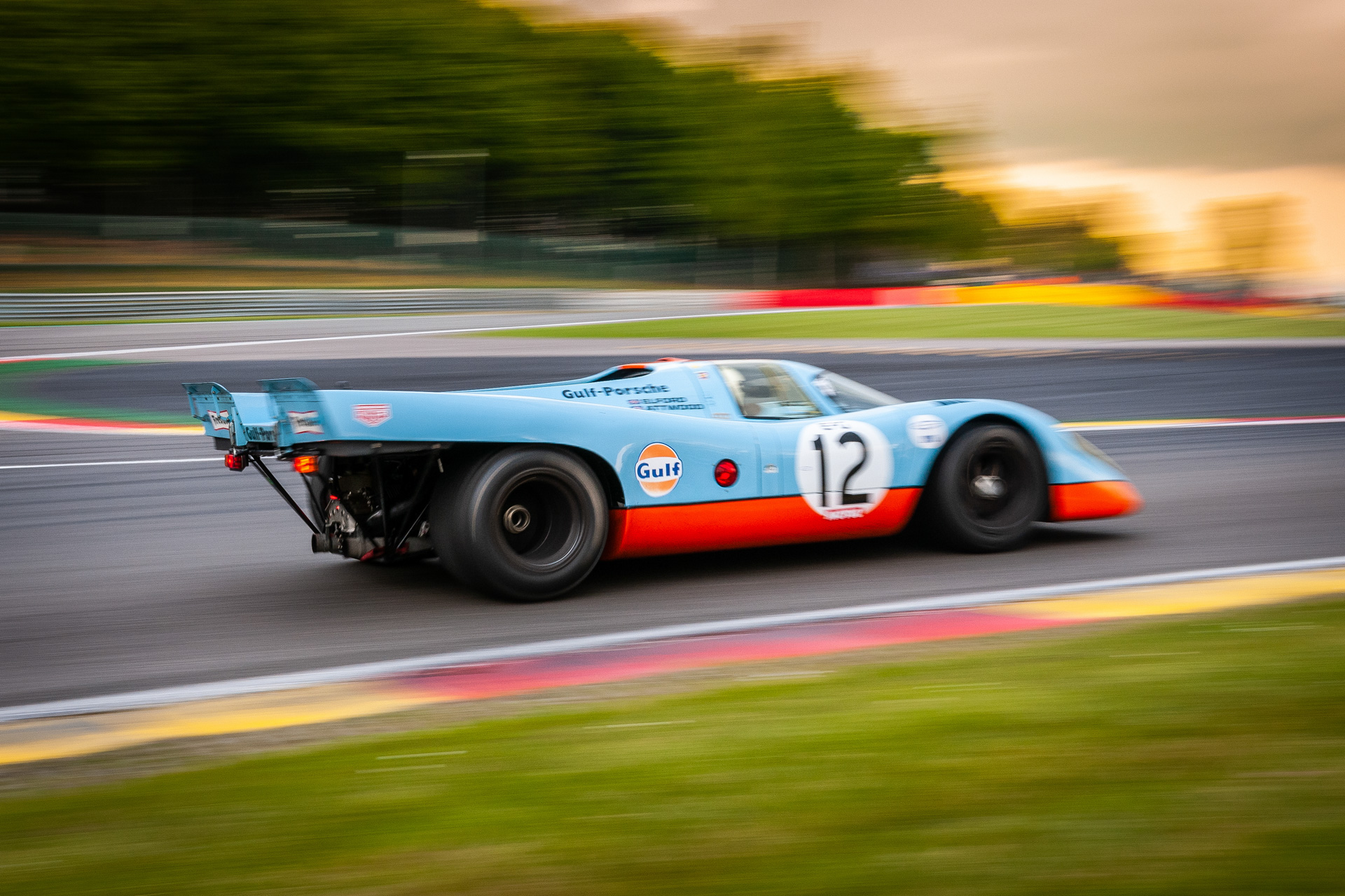 Historic Porsche 917 racing at the Spa-Classic