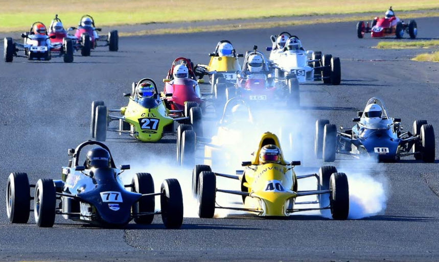 Historic Formula Ford racing at the Sydney Classic